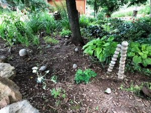 how to decorate your yard