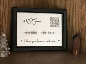 I love you with all my heart QR code and Sound Wave Frame