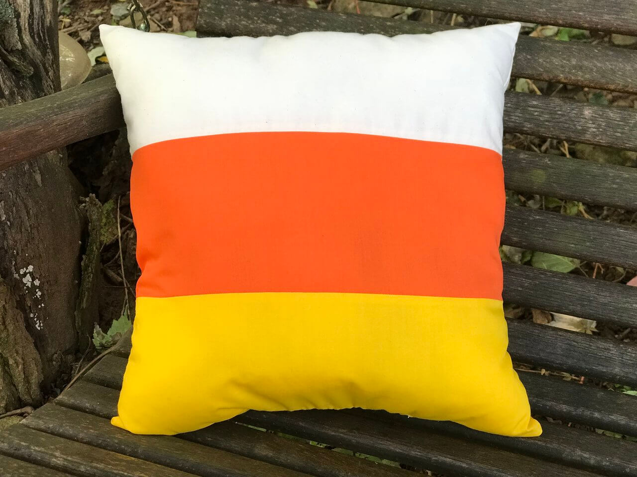 How to Make a Candy Corn Pillow | Primitive Mountain Quilts and Crafts